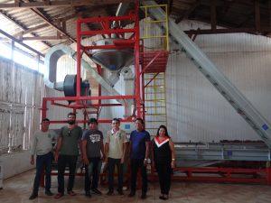 Visita à fábrica da Coopavam
